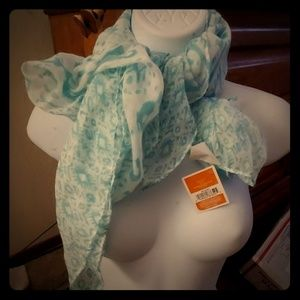 🔴*4/$20 Gorgeous Lightweight Teal Scarf*NWT*